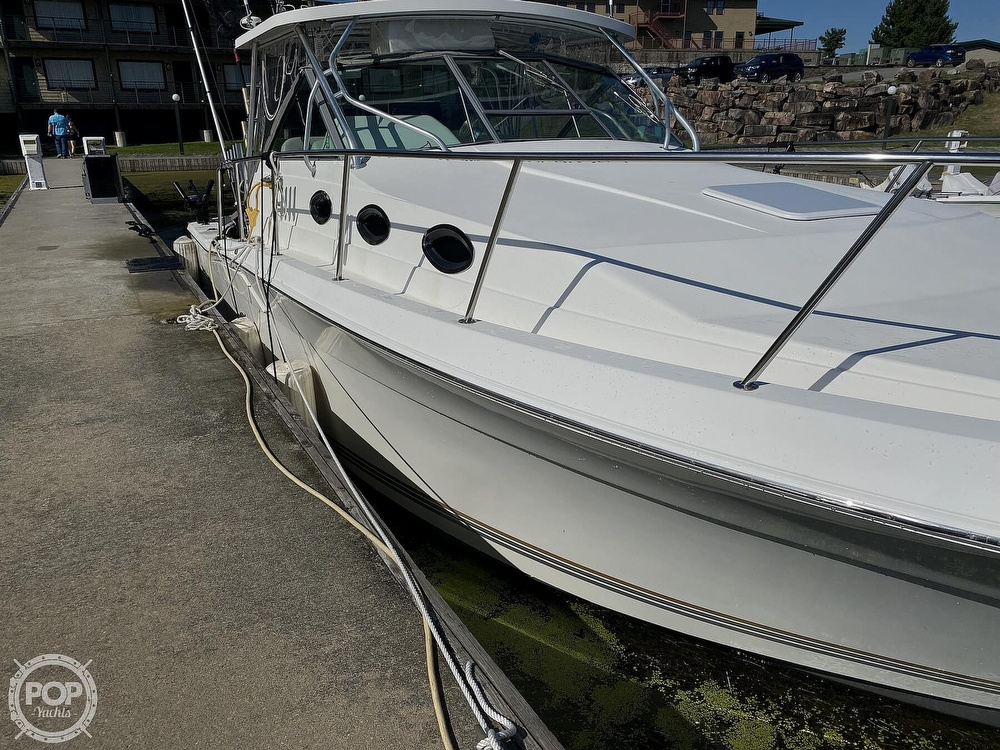 2001 Wellcraft boat for sale, model of the boat is Coastal 330 & Image # 8 of 40