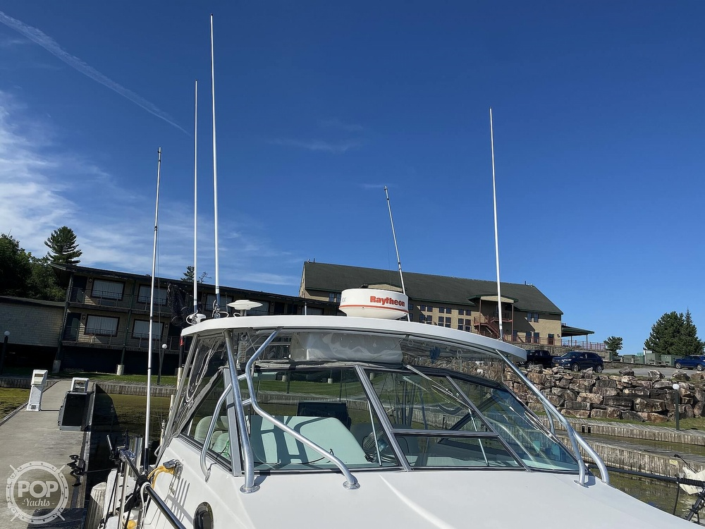 2001 Wellcraft boat for sale, model of the boat is Coastal 330 & Image # 13 of 40