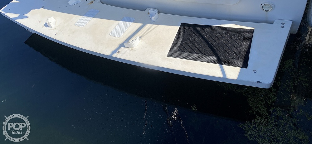 2001 Wellcraft boat for sale, model of the boat is Coastal 330 & Image # 19 of 40