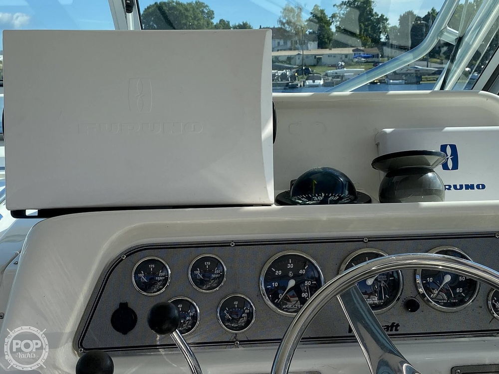 2001 Wellcraft boat for sale, model of the boat is Coastal 330 & Image # 28 of 40