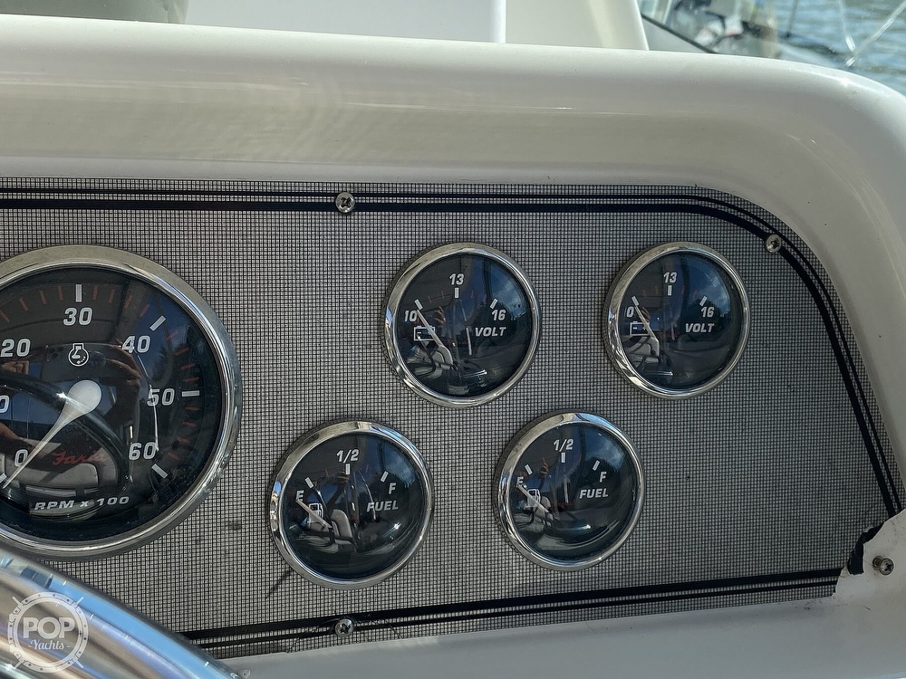 2001 Wellcraft boat for sale, model of the boat is Coastal 330 & Image # 34 of 40