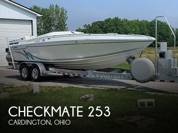 Used Checkmate Boats For Sale by owner | 1995 Checkmate Convincor 253