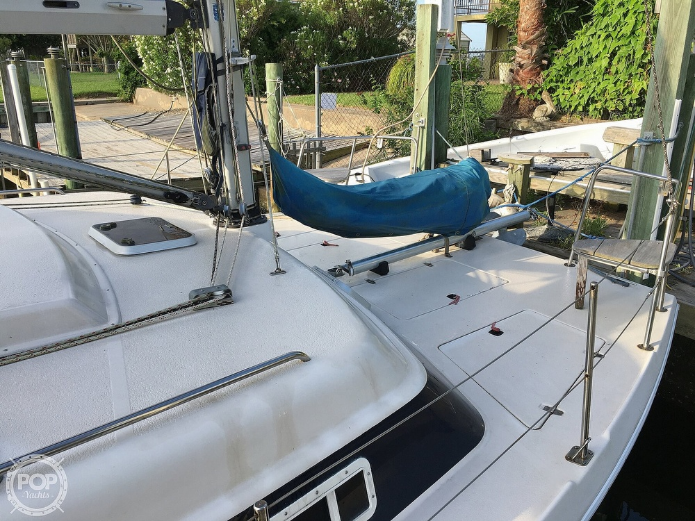 1992 Endeavour boat for sale, model of the boat is Cat 30 & Image # 28 of 40