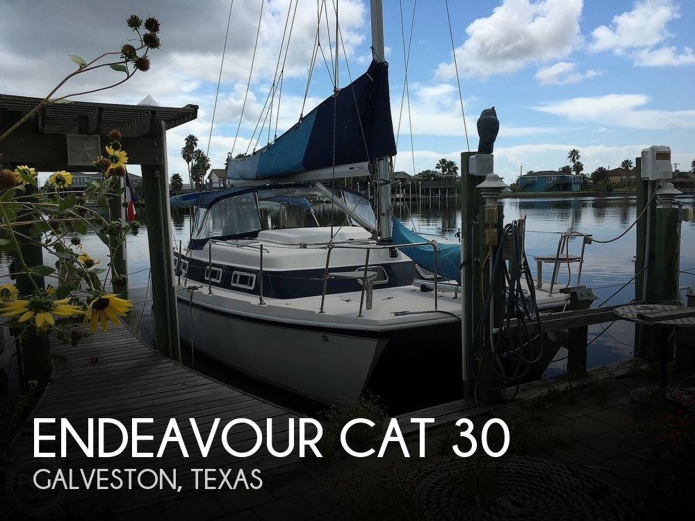 1992 Endeavour boat for sale, model of the boat is Cat 30 & Image # 1 of 40