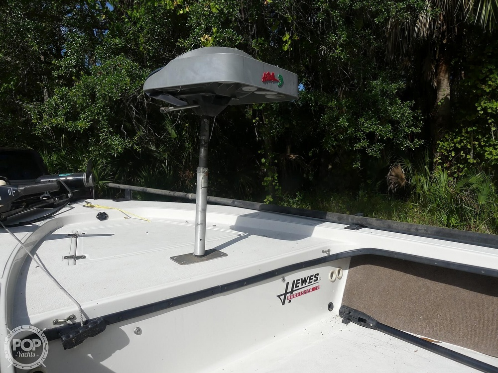 1997 Hewes boat for sale, model of the boat is Redfisher 18 & Image # 5 of 40