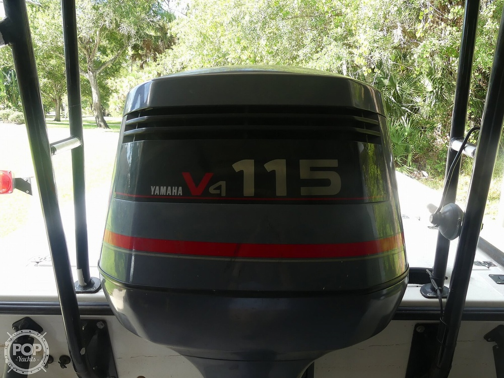 1997 Hewes boat for sale, model of the boat is Redfisher 18 & Image # 12 of 40