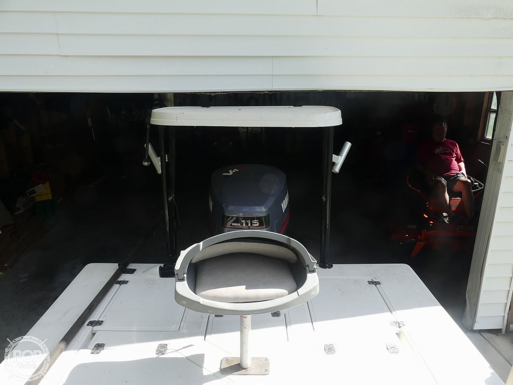 1997 Hewes boat for sale, model of the boat is Redfisher 18 & Image # 27 of 40