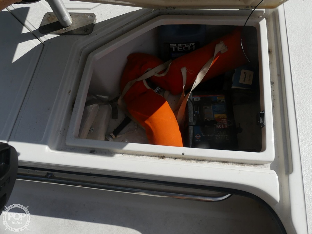 1997 Hewes boat for sale, model of the boat is Redfisher 18 & Image # 28 of 40