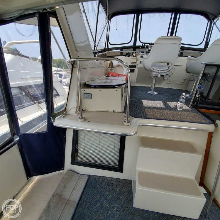 1985 Wellcraft boat for sale, model of the boat is Californian 35 MY & Image # 19 of 40