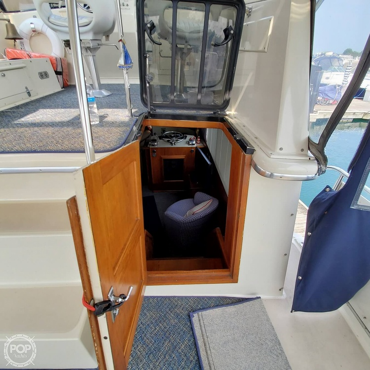 1985 Wellcraft boat for sale, model of the boat is Californian 35 MY & Image # 24 of 40