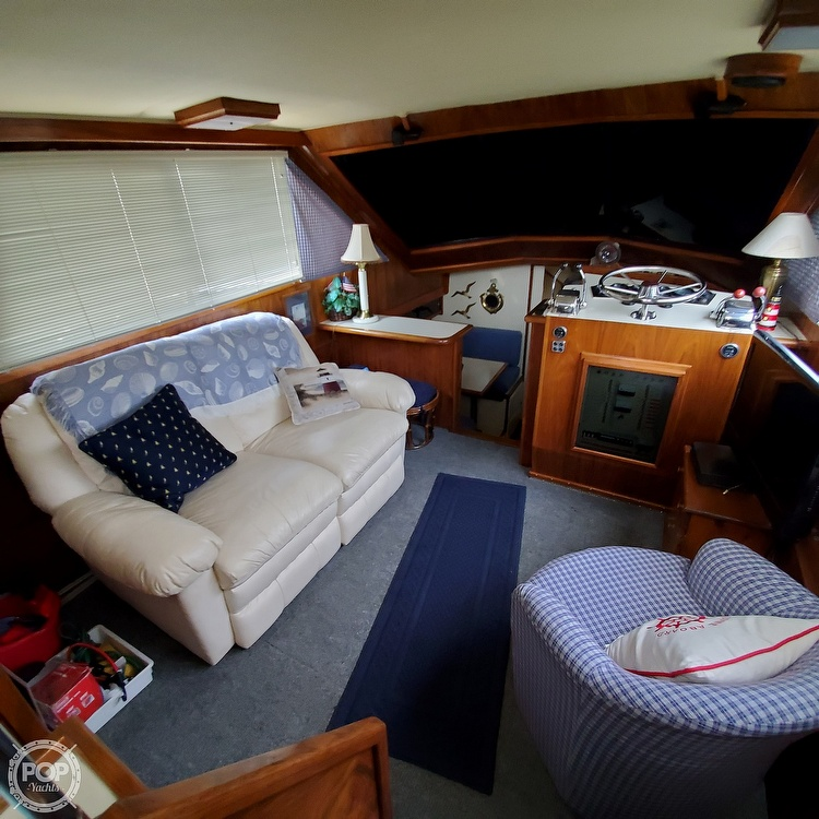 1985 Wellcraft boat for sale, model of the boat is Californian 35 MY & Image # 25 of 40