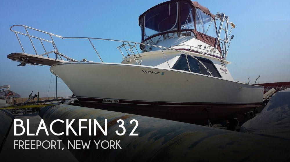 1986 Blackfin boat for sale, model of the boat is 32 Flybridge & Image # 1 of 12