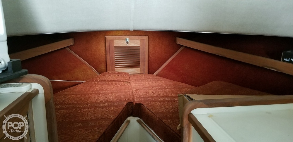 1986 Blackfin boat for sale, model of the boat is 32 Flybridge & Image # 9 of 12