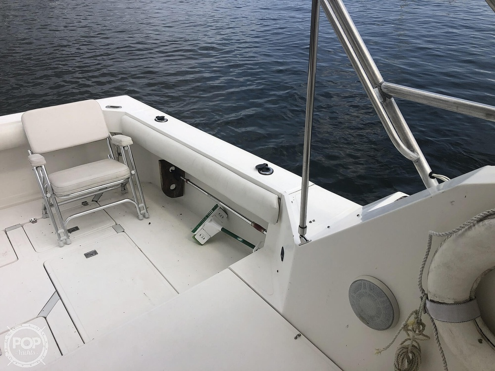 1988 Luhrs boat for sale, model of the boat is 35 Alura & Image # 16 of 40