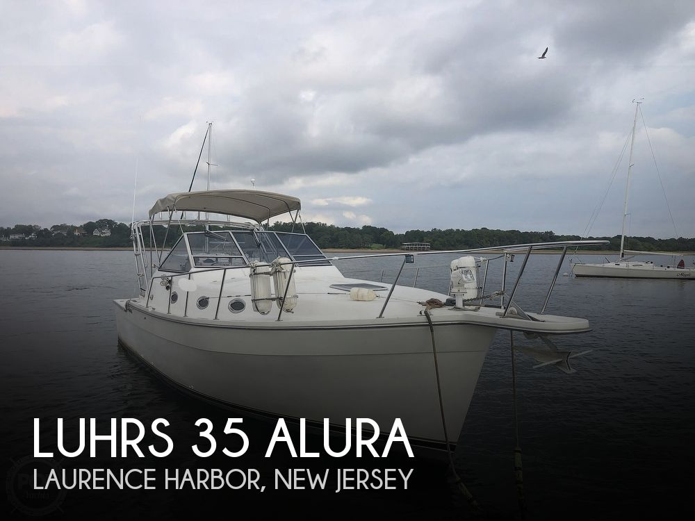 1988 Luhrs boat for sale, model of the boat is 35 Alura & Image # 1 of 40