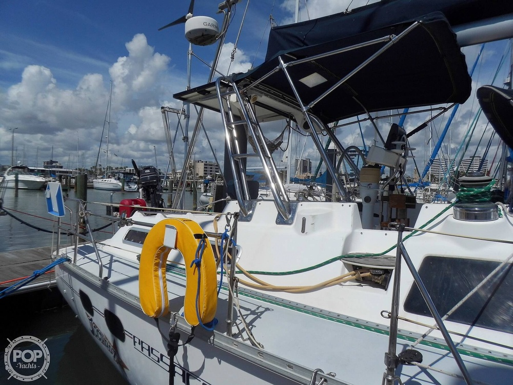 1997 Hunter boat for sale, model of the boat is Passage 42 & Image # 12 of 40
