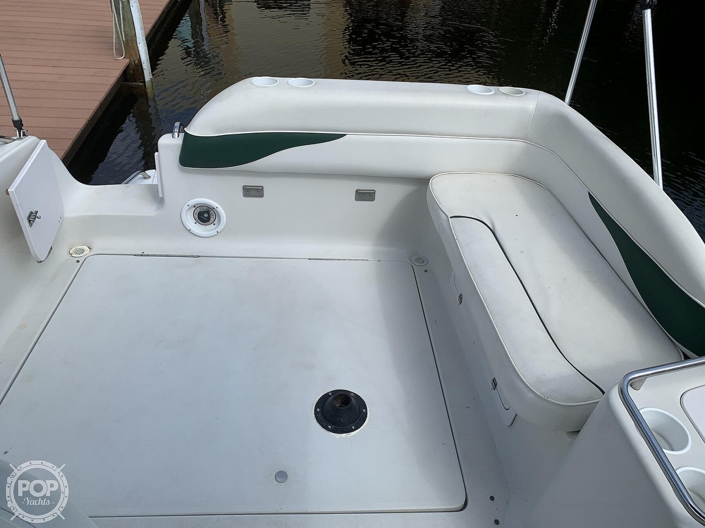 2002 Crownline boat for sale, model of the boat is 262 CR & Image # 4 of 40