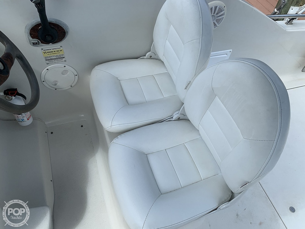 2002 Crownline boat for sale, model of the boat is 262 CR & Image # 2 of 40