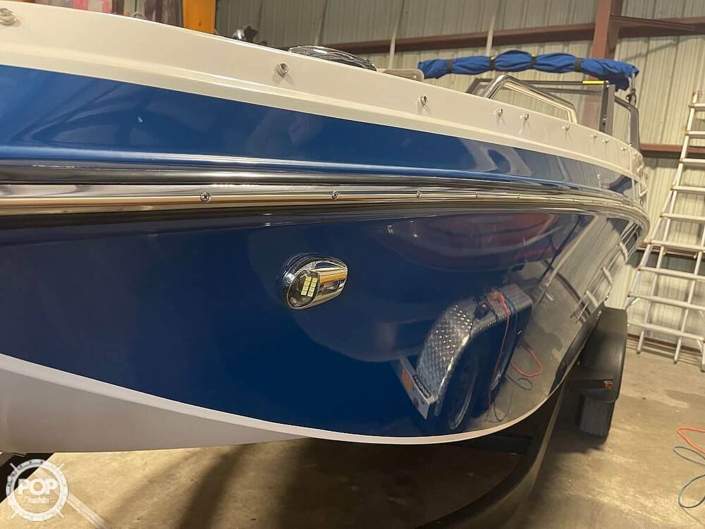 2019 Glastron boat for sale, model of the boat is 220 GTD & Image # 14 of 40