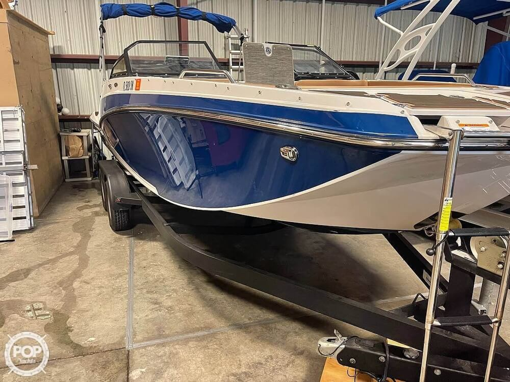 2019 Glastron boat for sale, model of the boat is 220 GTD & Image # 15 of 40