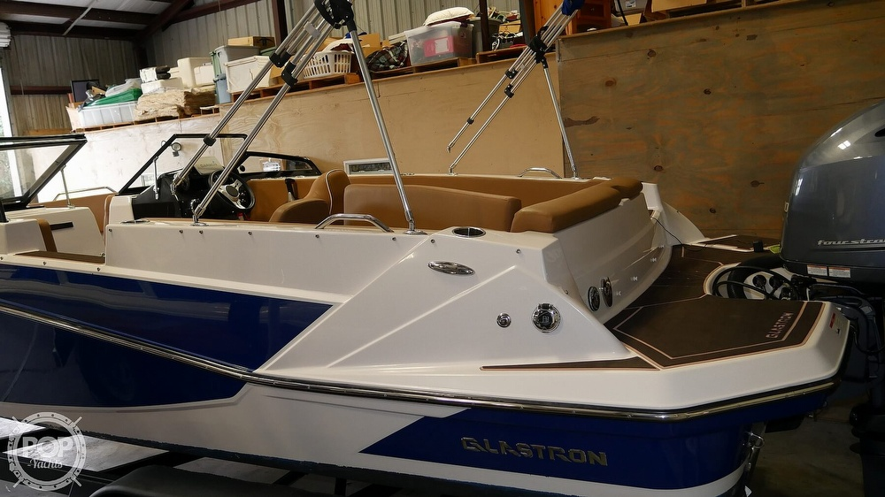 2019 Glastron boat for sale, model of the boat is 220 GTD & Image # 3 of 40