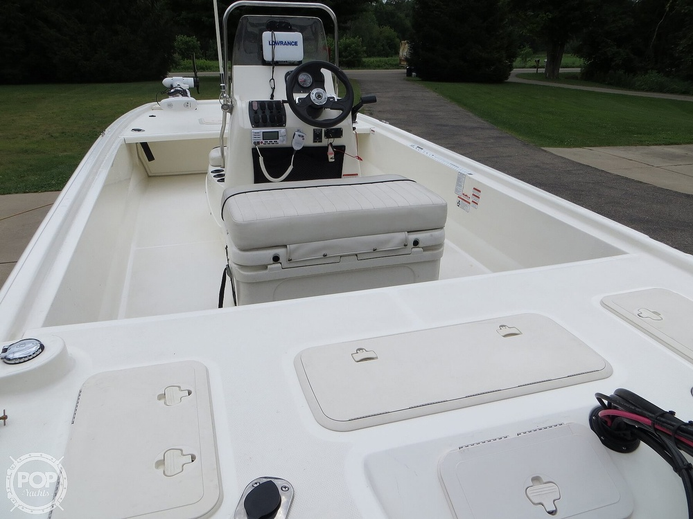 2017 Mako boat for sale, model of the boat is Pro Skiff 19 CC & Image # 3 of 40