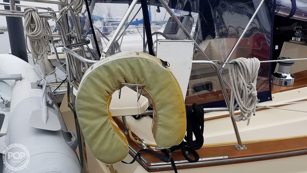 2005 Island Packet boat for sale, model of the boat is 420 & Image # 6 of 40