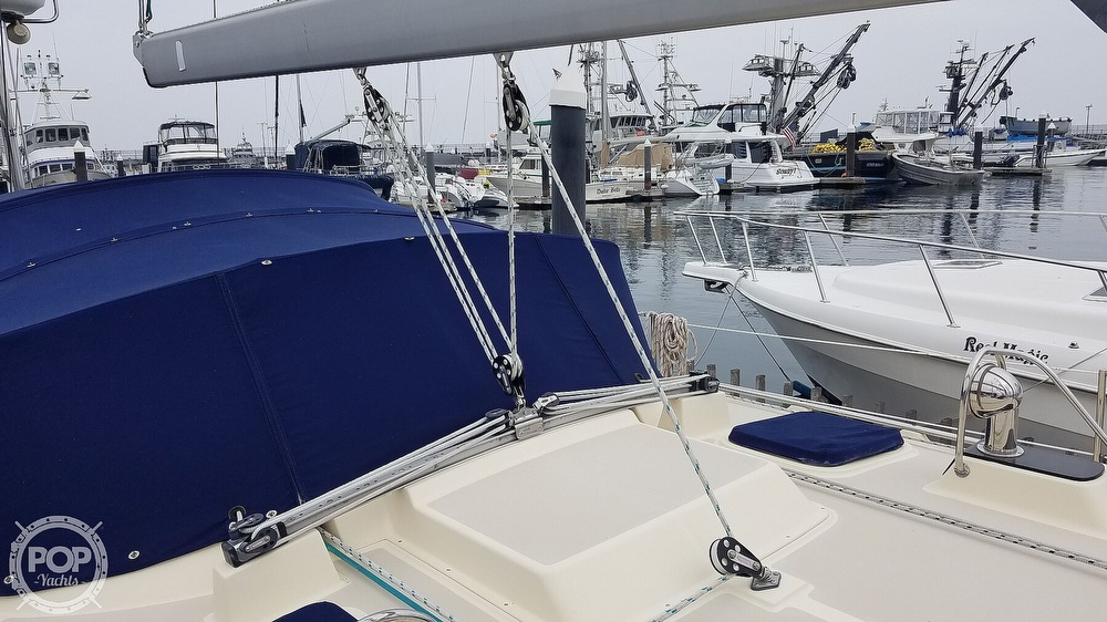 2005 Island Packet boat for sale, model of the boat is 420 & Image # 11 of 40