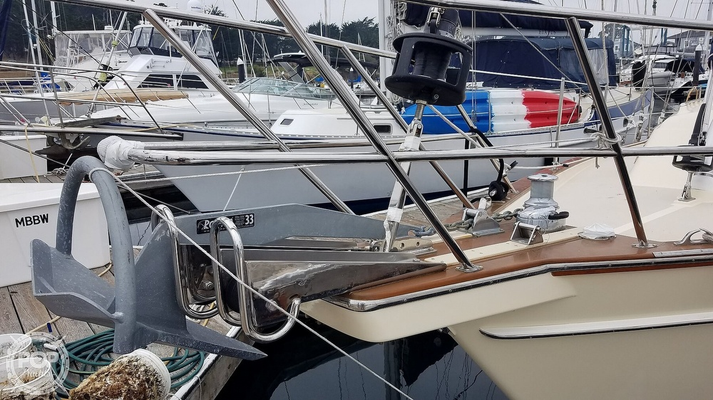 2005 Island Packet boat for sale, model of the boat is 420 & Image # 15 of 40