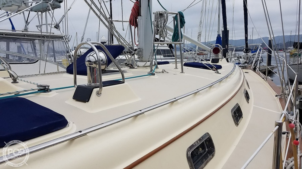 2005 Island Packet boat for sale, model of the boat is 420 & Image # 23 of 40