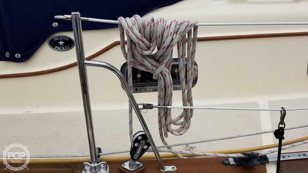 2005 Island Packet boat for sale, model of the boat is 420 & Image # 25 of 40