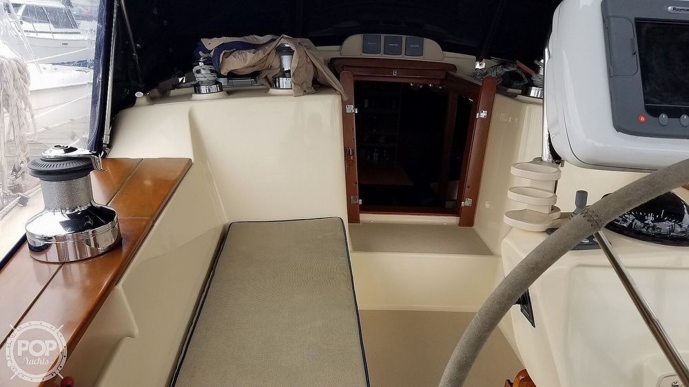 2005 Island Packet boat for sale, model of the boat is 420 & Image # 34 of 40