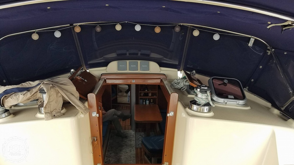 2005 Island Packet boat for sale, model of the boat is 420 & Image # 37 of 40