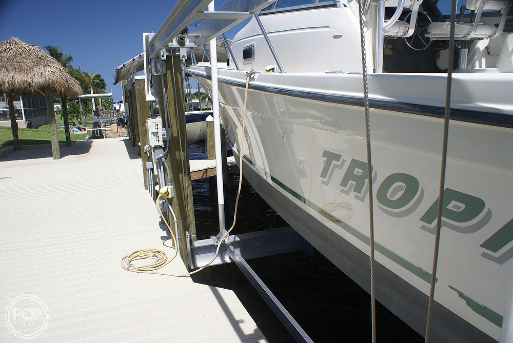 2000 Trophy boat for sale, model of the boat is 2802 DX/LX & Image # 37 of 40
