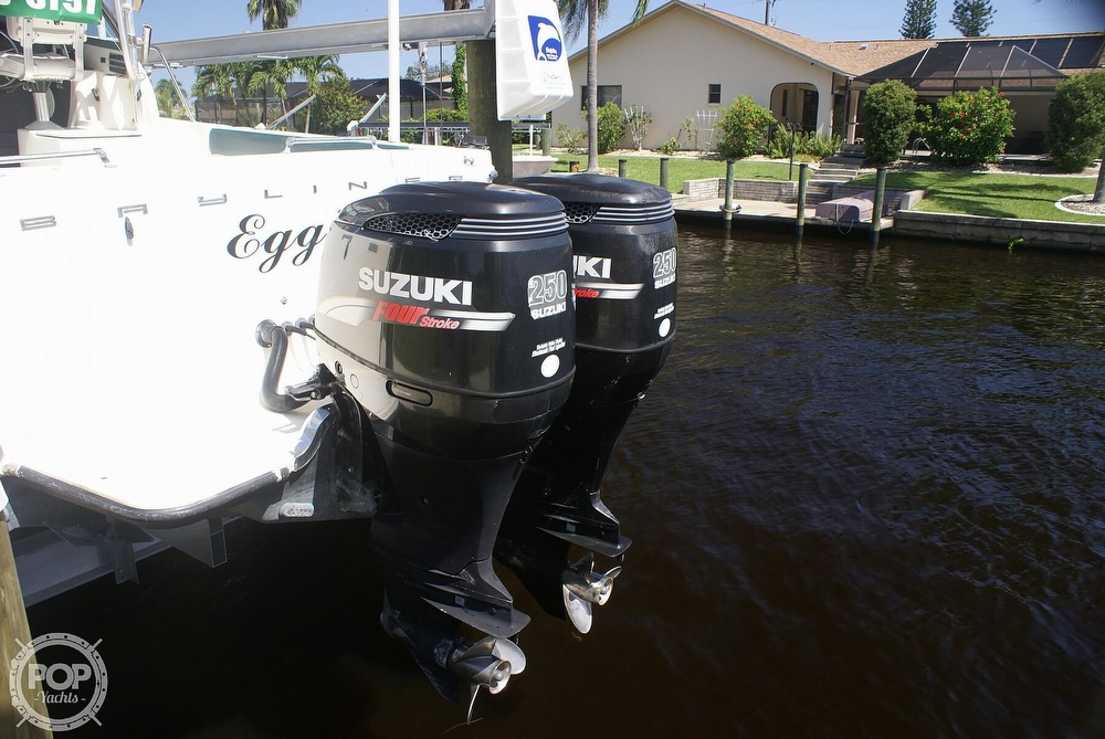 2000 Trophy boat for sale, model of the boat is 2802 DX/LX & Image # 10 of 40