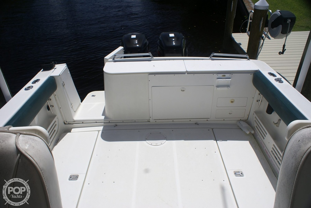 2000 Trophy boat for sale, model of the boat is 2802 DX/LX & Image # 3 of 40