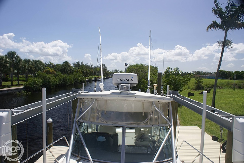 2000 Trophy boat for sale, model of the boat is 2802 DX/LX & Image # 8 of 40