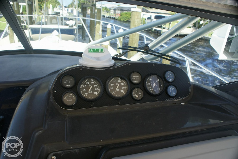 2000 Trophy boat for sale, model of the boat is 2802 DX/LX & Image # 6 of 40