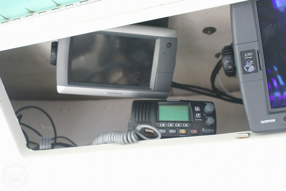 2000 Trophy boat for sale, model of the boat is 2802 DX/LX & Image # 35 of 40