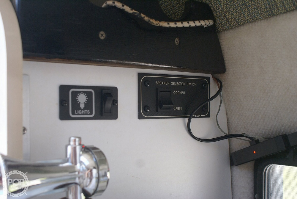 2000 Trophy boat for sale, model of the boat is 2802 DX/LX & Image # 34 of 40