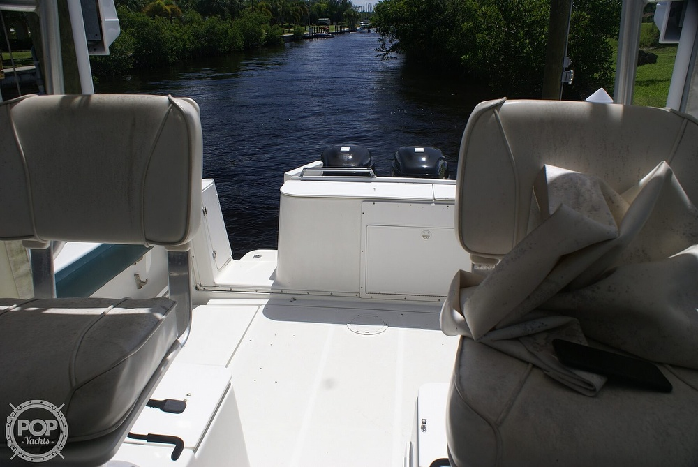 2000 Trophy boat for sale, model of the boat is 2802 DX/LX & Image # 27 of 40