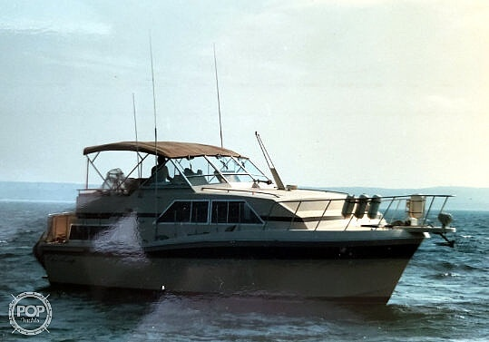 1982 Chris Craft boat for sale, model of the boat is Catalina 381 & Image # 2 of 40