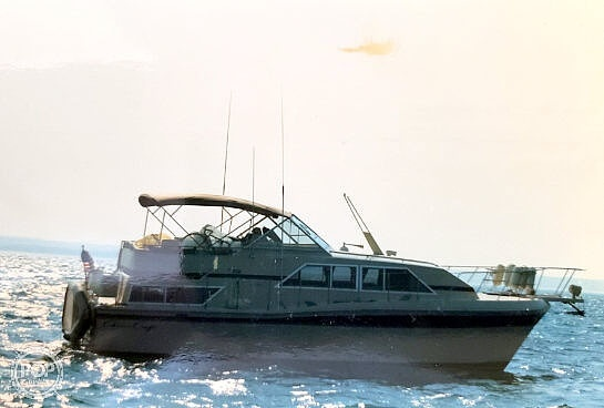 1982 Chris Craft boat for sale, model of the boat is Catalina 381 & Image # 3 of 40
