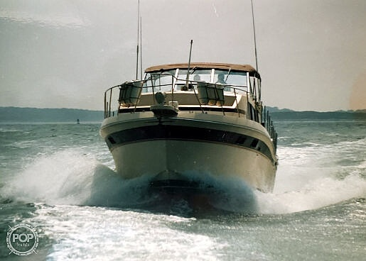 1982 Chris Craft boat for sale, model of the boat is Catalina 381 & Image # 4 of 40
