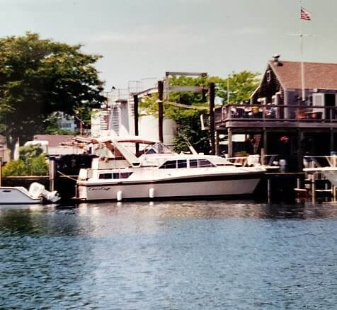 1982 Chris Craft boat for sale, model of the boat is Catalina 381 & Image # 5 of 40