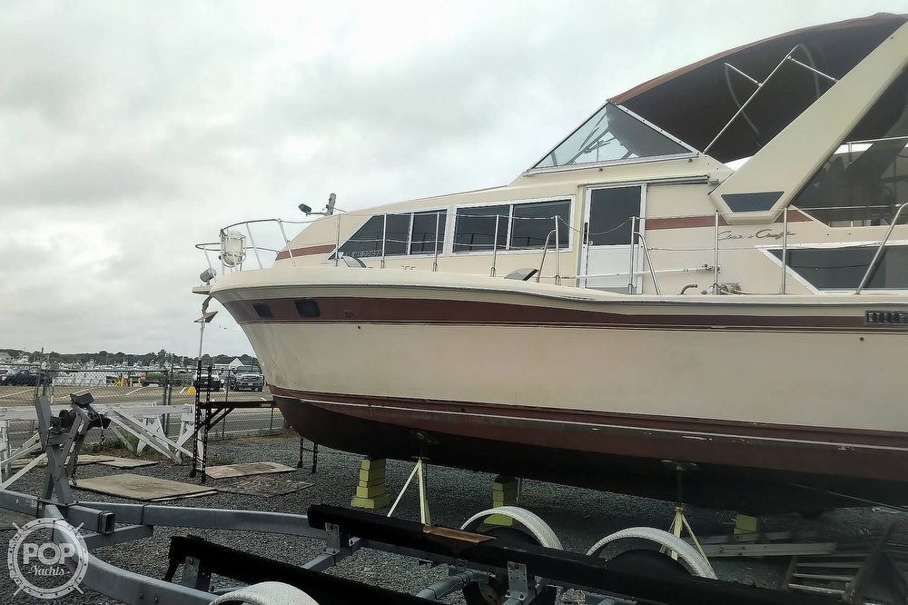 1982 Chris Craft boat for sale, model of the boat is Catalina 381 & Image # 10 of 40