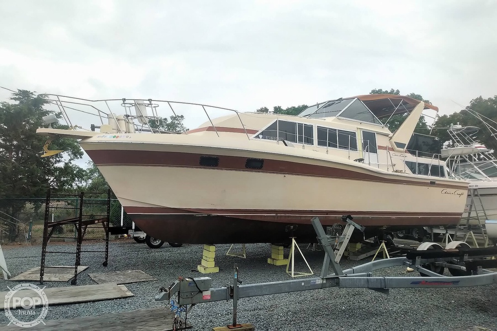 1982 Chris Craft boat for sale, model of the boat is Catalina 381 & Image # 11 of 40