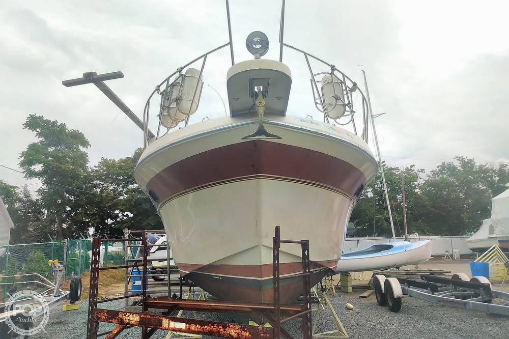 1982 Chris Craft boat for sale, model of the boat is Catalina 381 & Image # 14 of 40