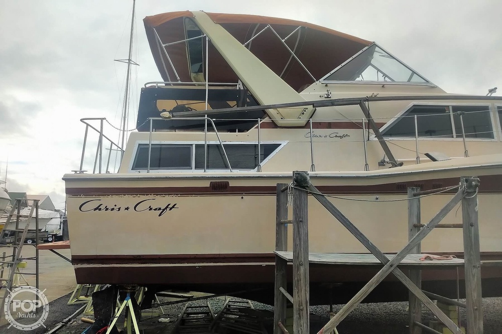 1982 Chris Craft boat for sale, model of the boat is Catalina 381 & Image # 18 of 40