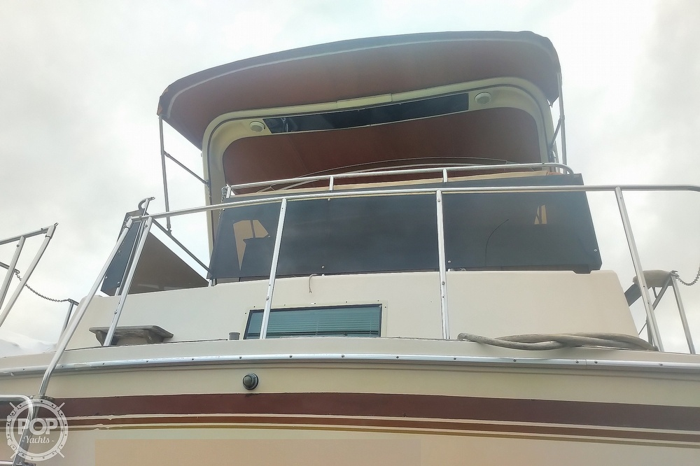 1982 Chris Craft boat for sale, model of the boat is Catalina 381 & Image # 21 of 40